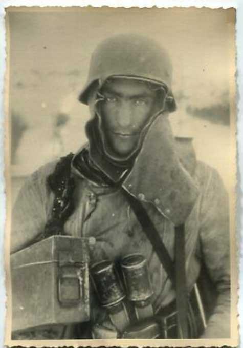très rare cagoule en feutre allemande 2eme guerre Epoque11