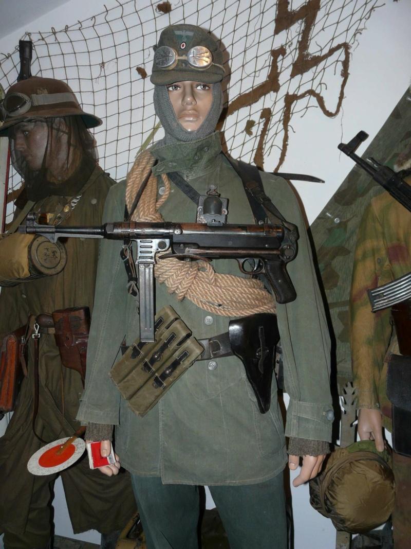 Vos rencontres inattendues avec le militaria !!! - Page 2 Manneq34