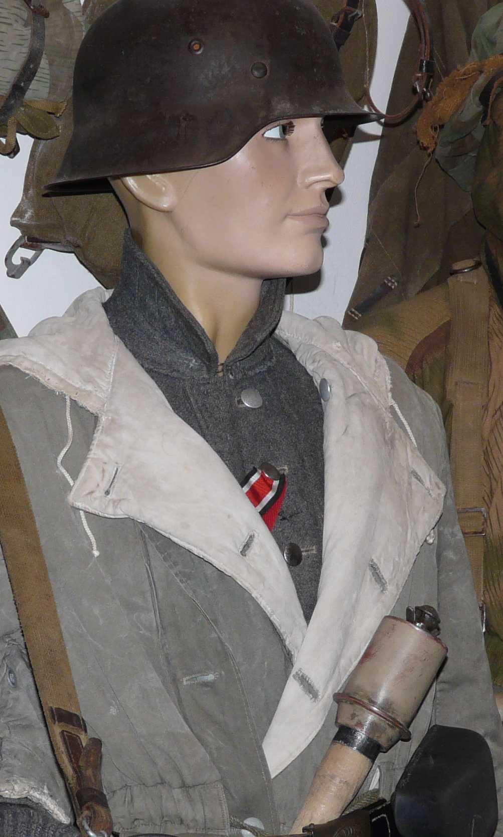 Patine d'une grenade à manche mod.43 Manneq35