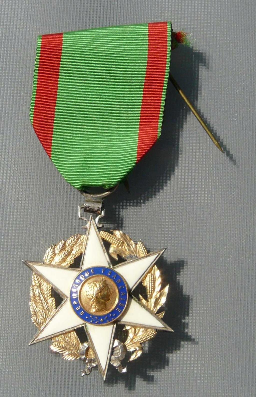 Médaille francaise  Medail10