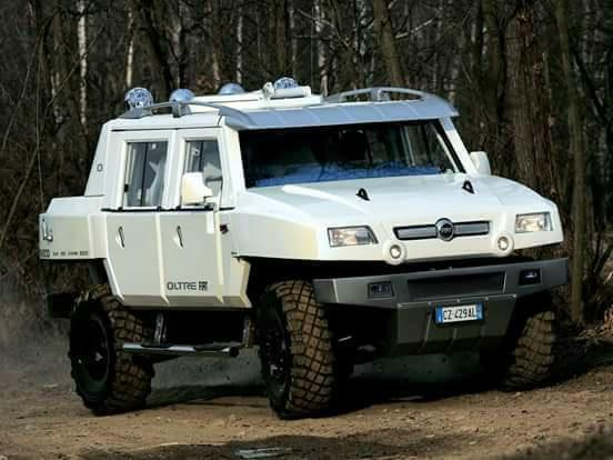 la réplique de FIAT contre le Hummer 33530410