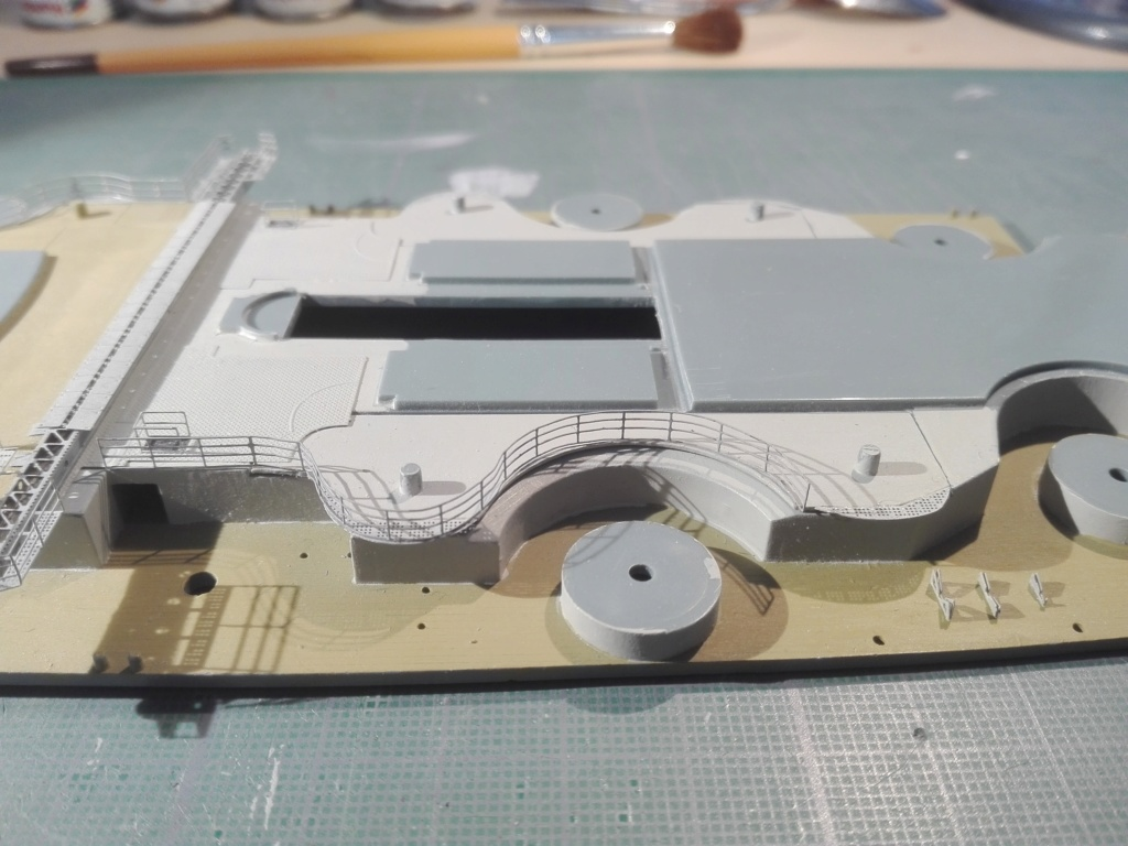 Bismarck par HellCat76 1/350 Academy, kit eduard - Page 9 Img_2023