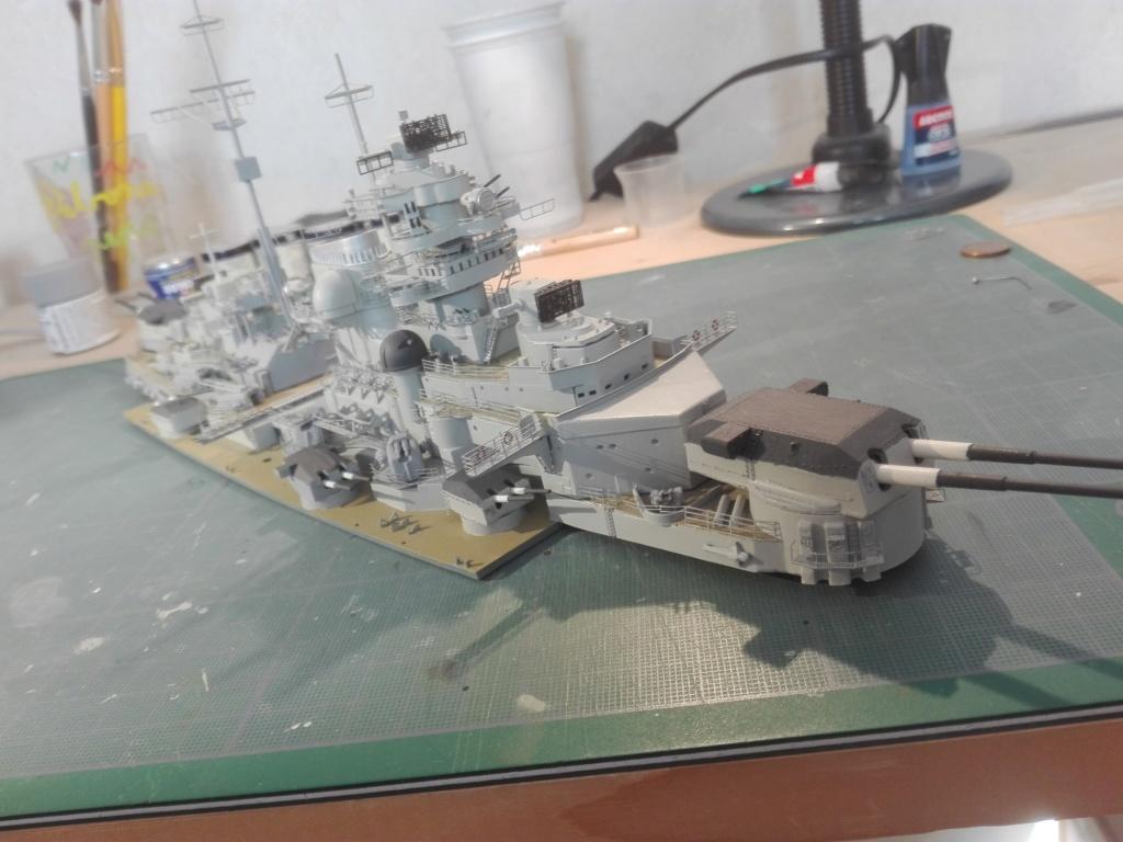 Bismarck par HellCat76 1/350 Academy, kit eduard - Page 9 Img_2045