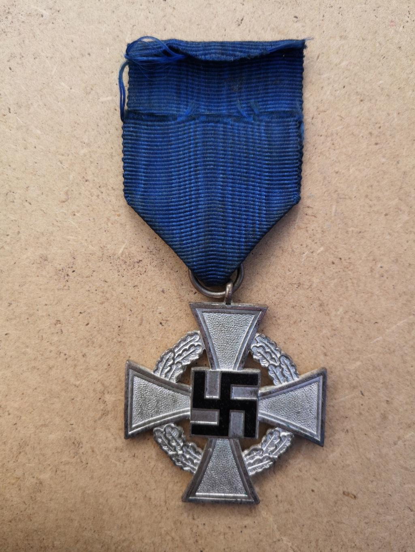 Médaille 25 ans de services, Allemagne  Img_2088
