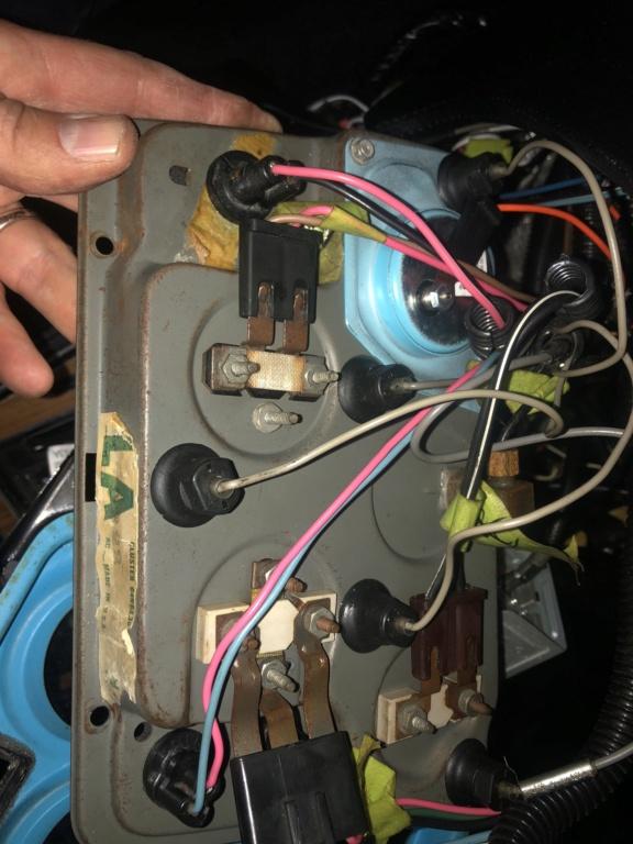 Câblage électrique C3 1973 Pyx7gy10