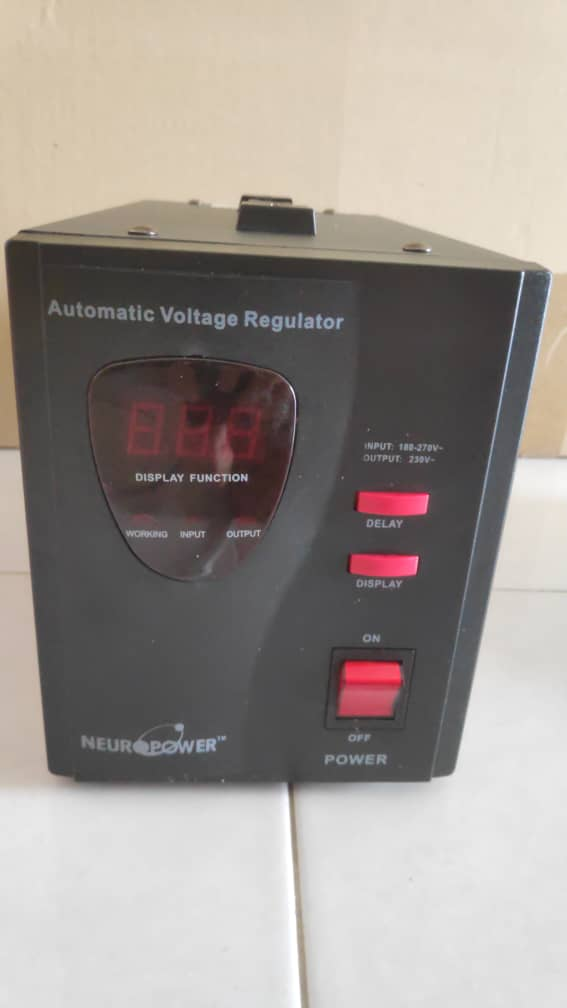 NeuroPower ac regulator 2kva Img-2077