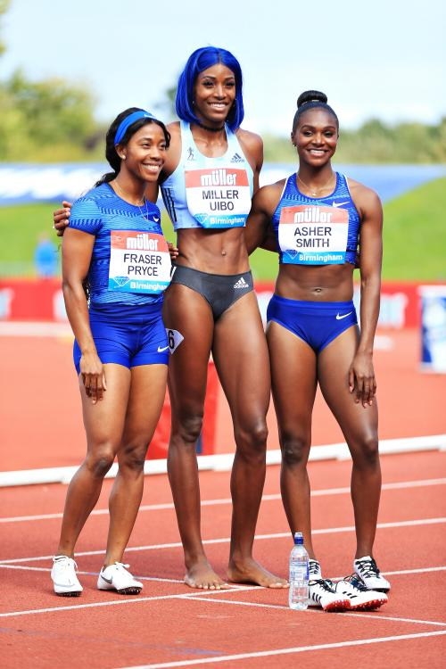 ¿Cuánto mide Shaunae Miller-Uibo? - Real height 11687710