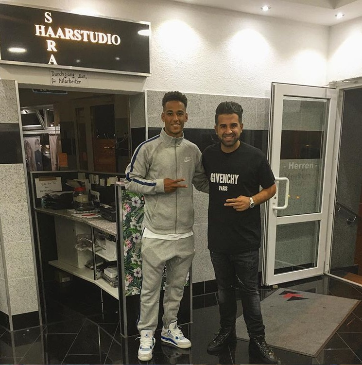 ¿Cuánto mide Thilo Kehrer? - Real height Aaa23