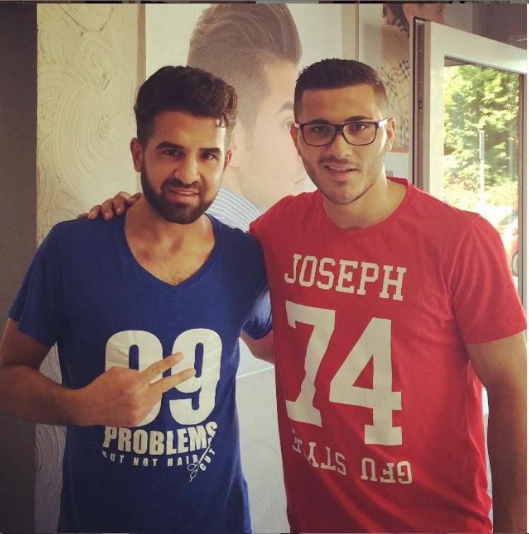 ¿Cuánto mide el peluquero Mustafasi? Aaa25