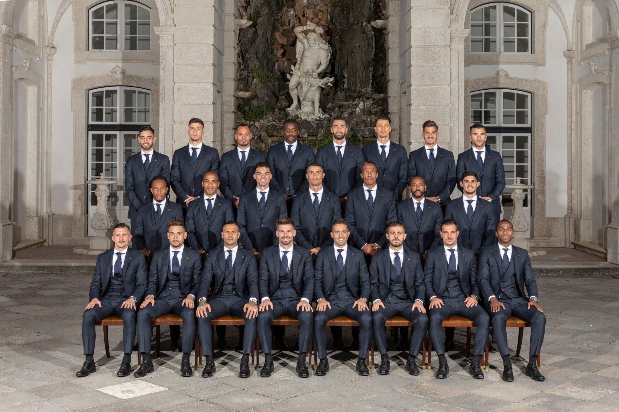 Hilo de la selección de Portugal Dfrlhx10