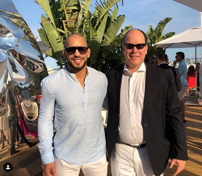 ¿Cuánto mide Alberto de Mónaco? - Altura - Real height Ghhg11