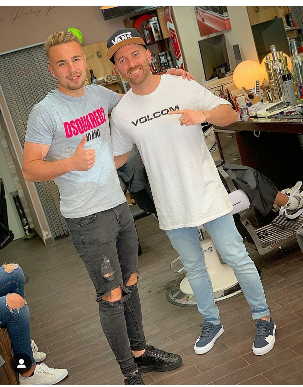 ¿Cuánto mide el peluquero José Peluka?  Img_2022