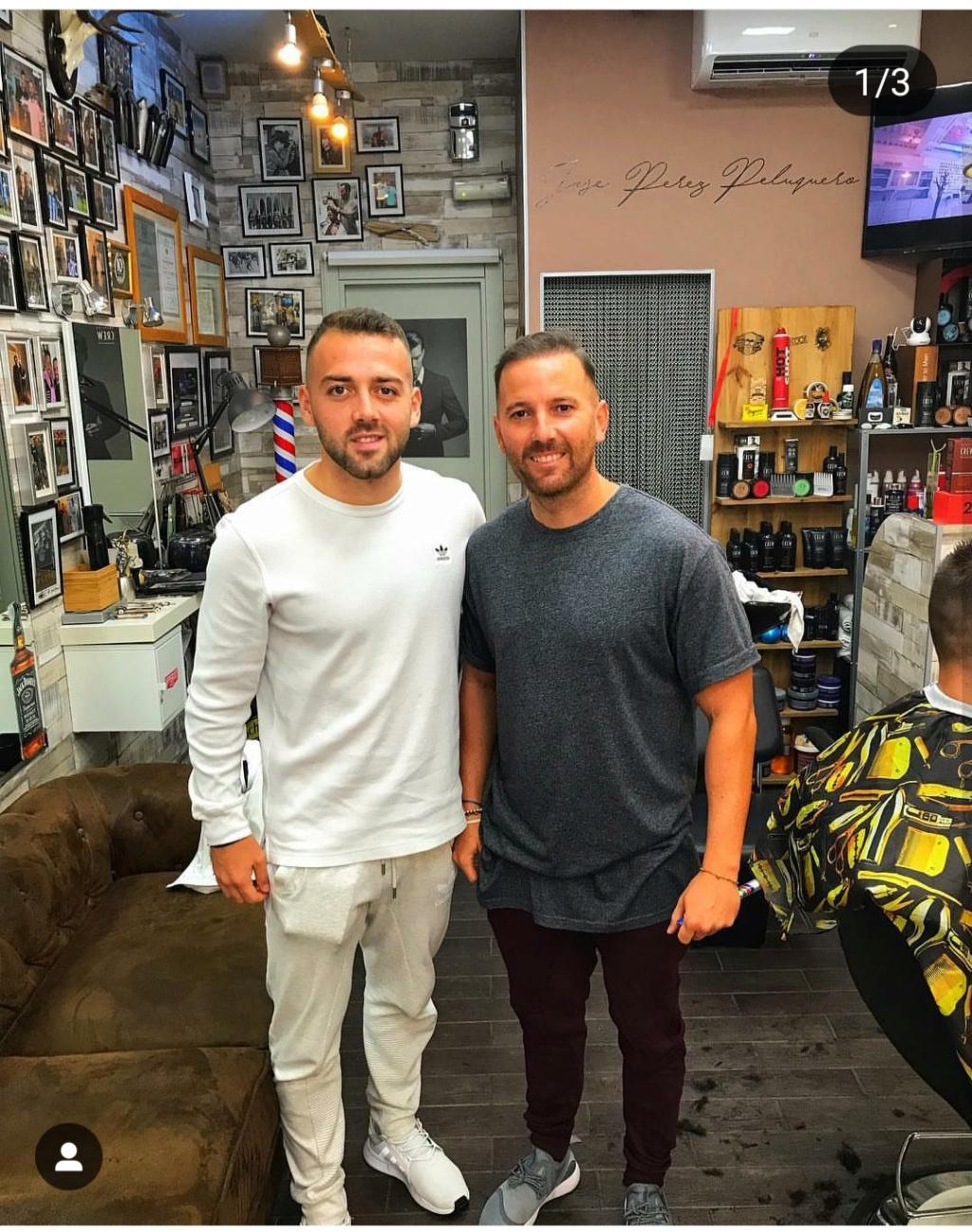 ¿Cuánto mide el peluquero José Peluka?  Img_2026
