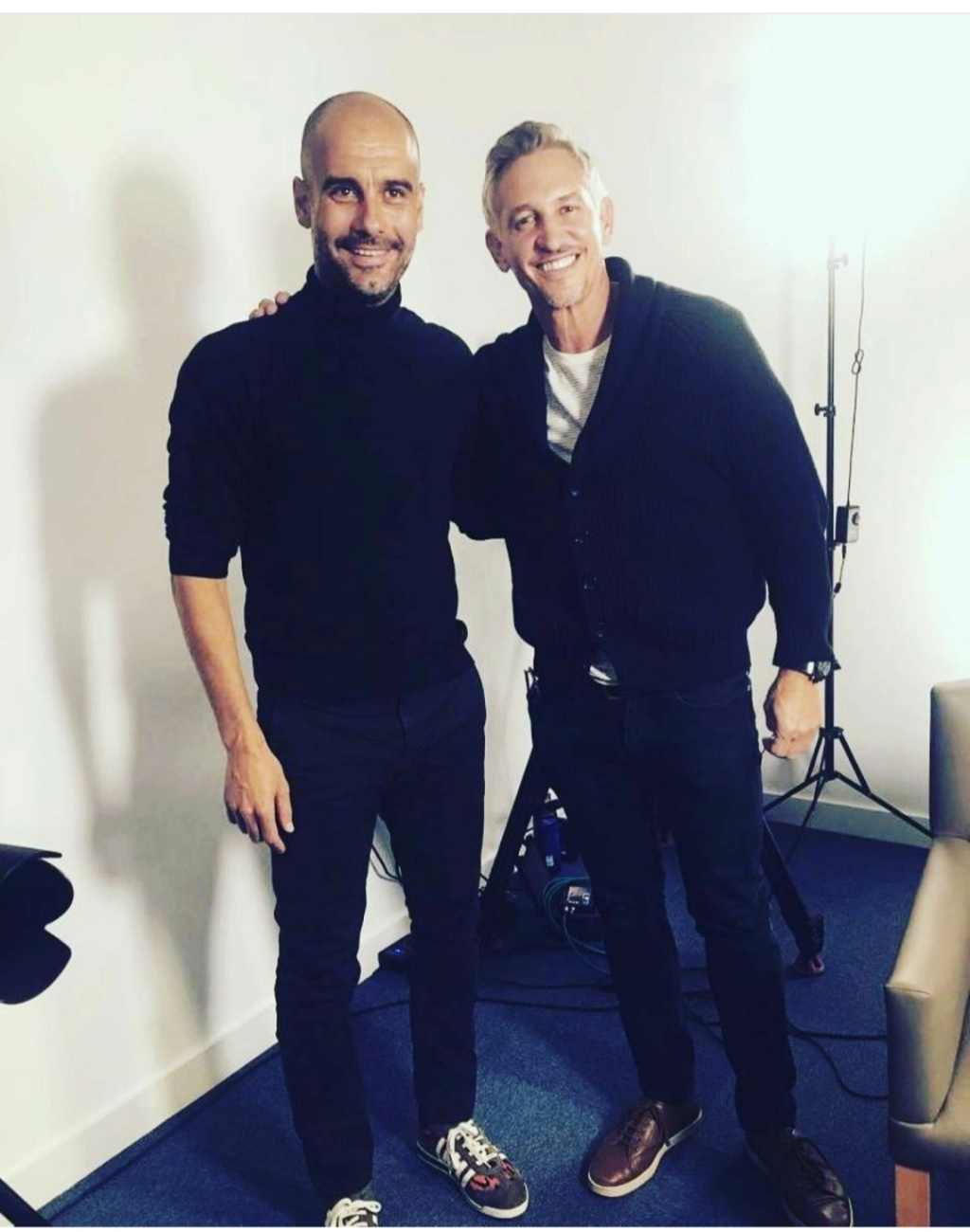 ¿Cuánto mide Gary Lineker? - Real height Img_2086
