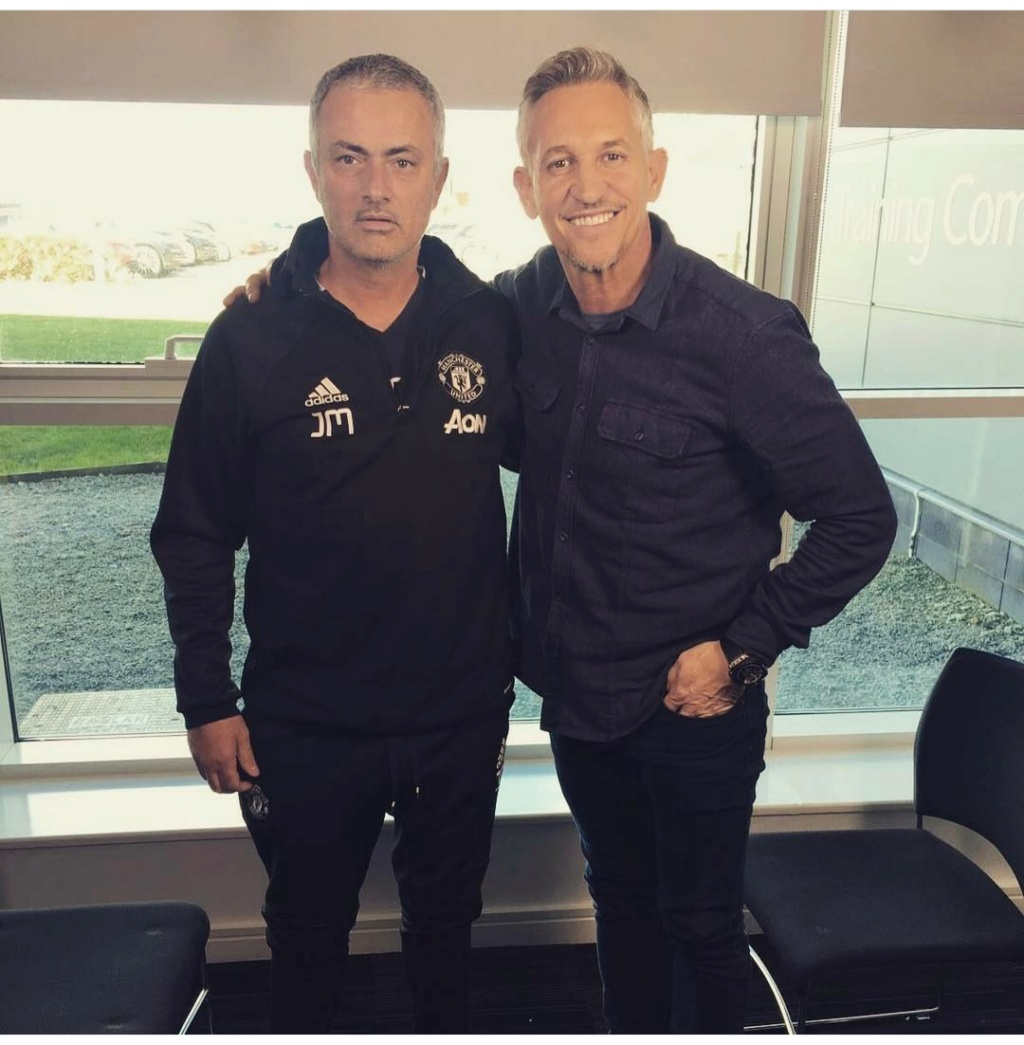 ¿Cuánto mide Gary Lineker? - Real height Img_2087