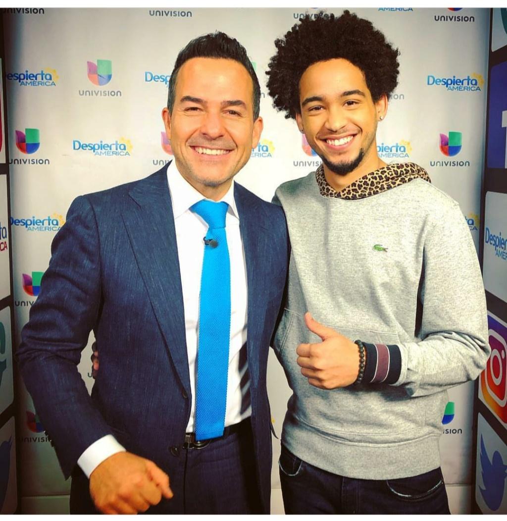 ¿Cuánto mide Carlos Calderón? (presentador TV host) - Altura Img_2456
