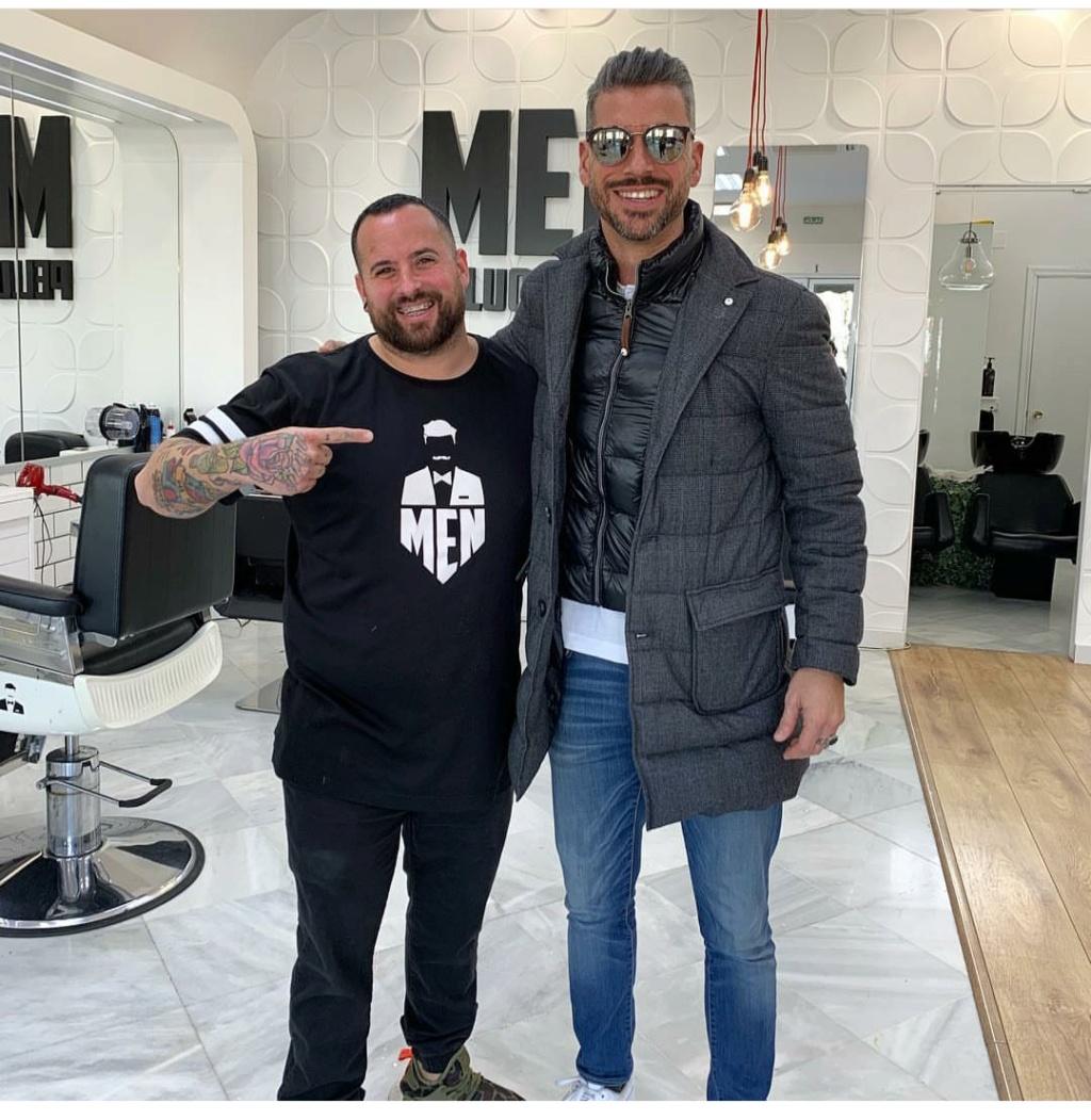 ¿Cuánto mide el peluquero Men Peluqueros?  Img_2902