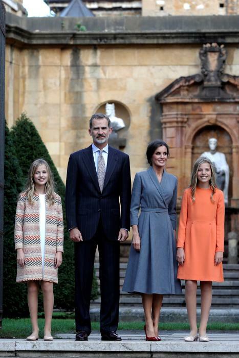 ¿Cuánto mide la Princesa Leonor? - Altura: 1,60 - Height Save_273