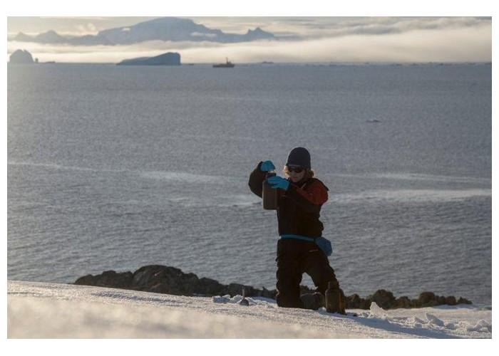 L'inquiétante pollution plastique des régions polaires P15