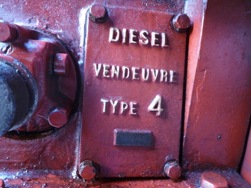 Recherche informations Moteur Fixe Diesel Vendeuvre Type 4 P1150820