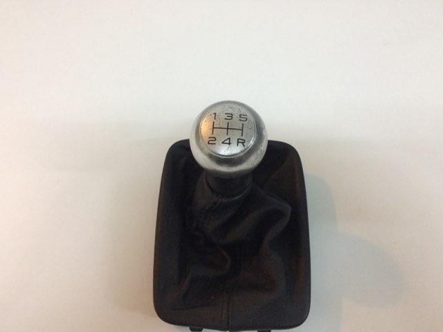 Vente pièces détachée 206 CC HDI MISE A JOUR DES PIECES avec prix et photo Pommea10