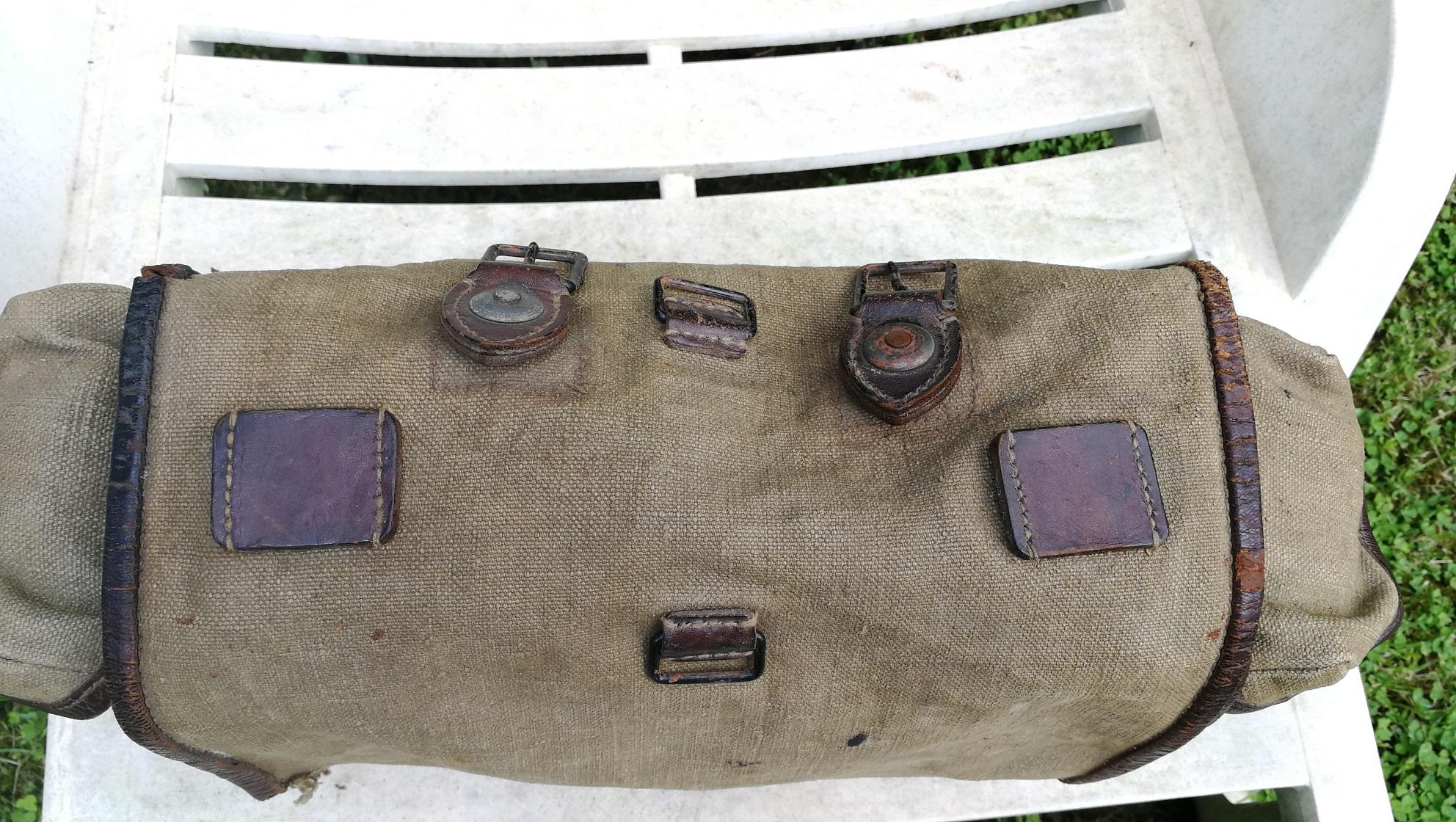 Selle allemande ww1, sac supérieure modèle 1935.... Img_2011