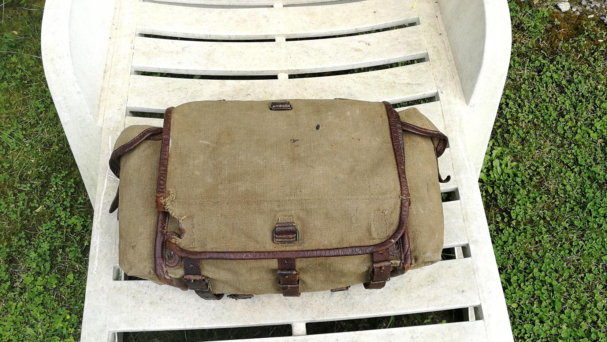 Selle allemande ww1, sac supérieure modèle 1935.... Img_2013