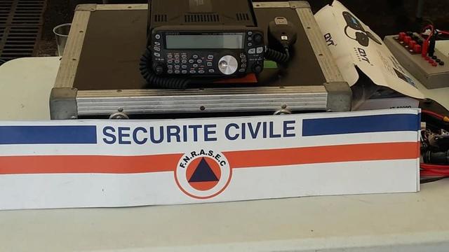 club - Radio club 446 (Guadeloupe) 00_34811