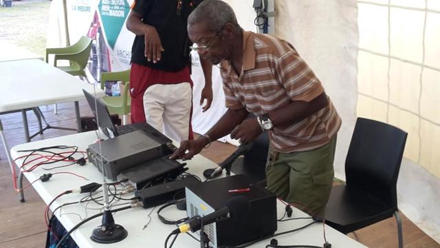 club - Radio club 446 (Guadeloupe) 34690210