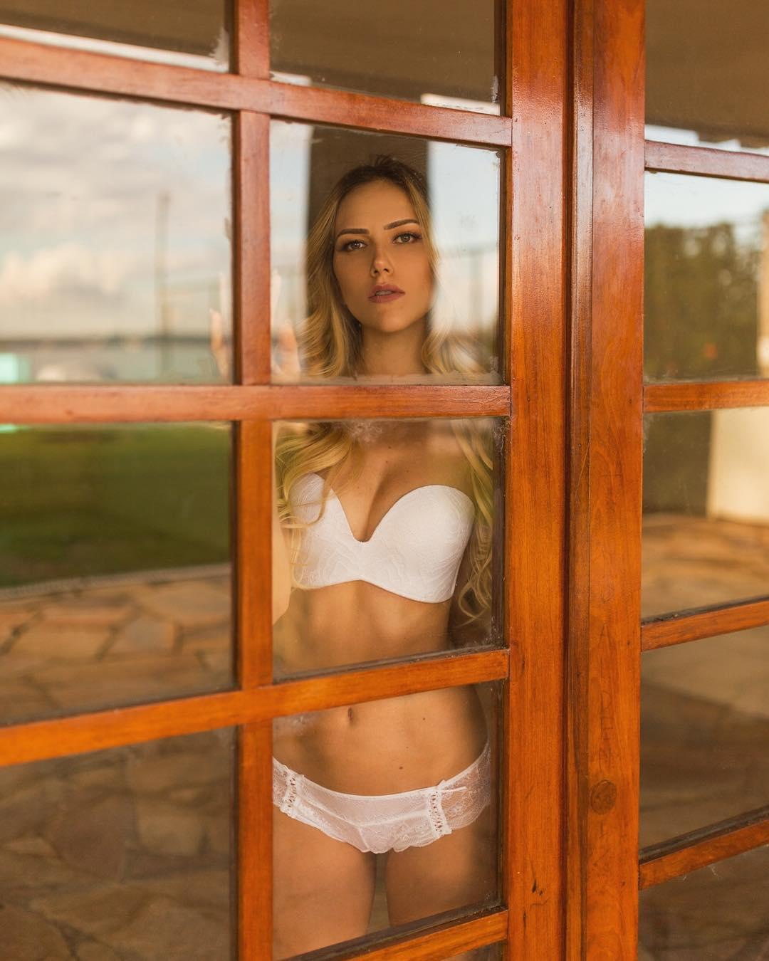 isabela schott, miss brasilia mundo 2018. 31913310