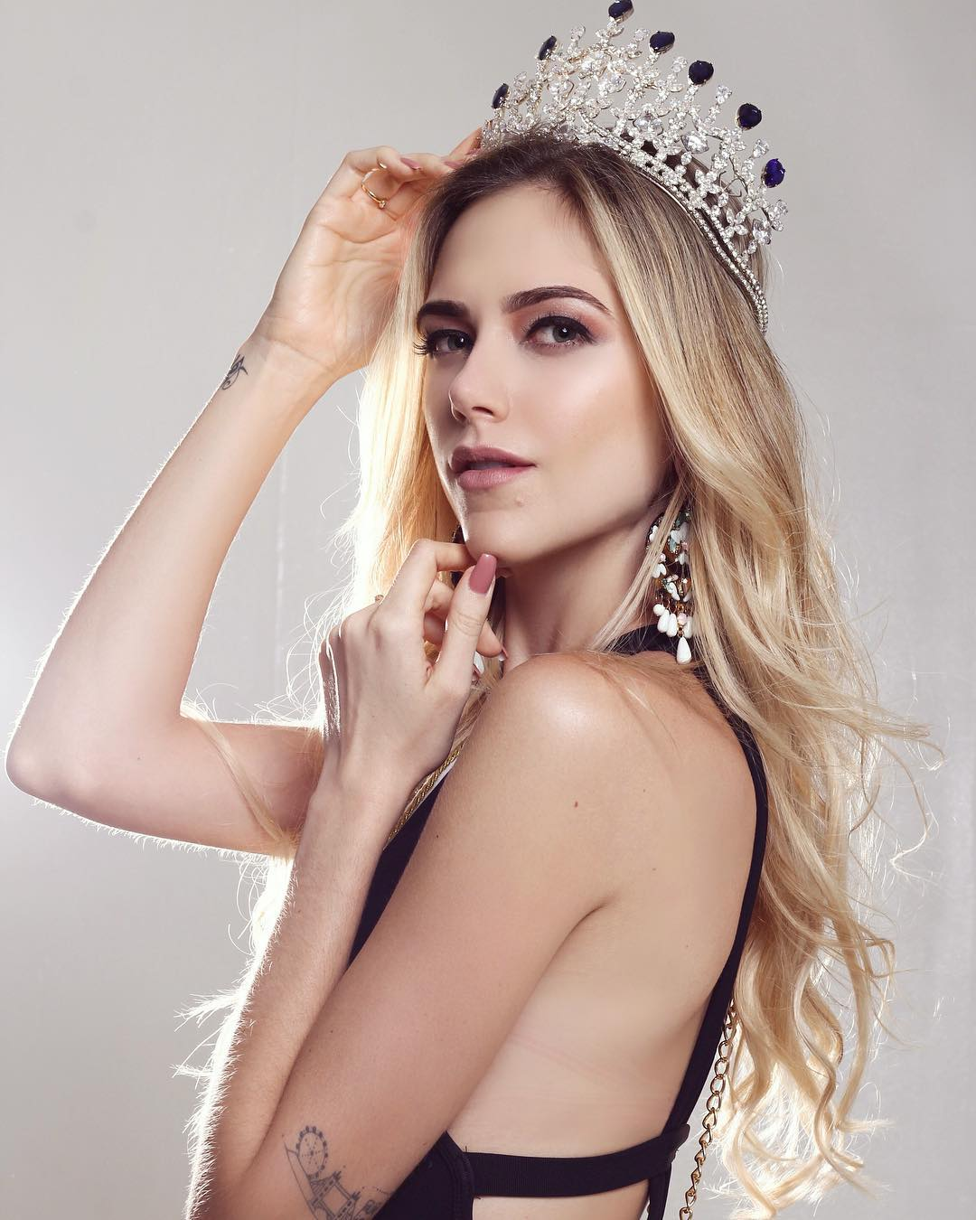 isabela schott, miss brasilia mundo 2018. 33649710