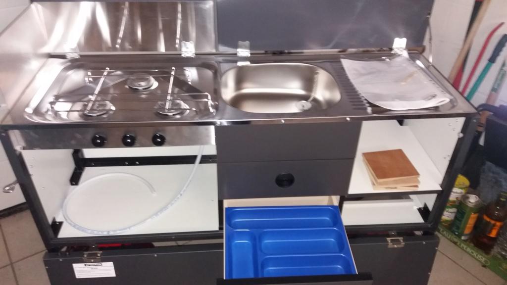 """Cuisine """"customisée"""" et meuble frigo 20200113"""