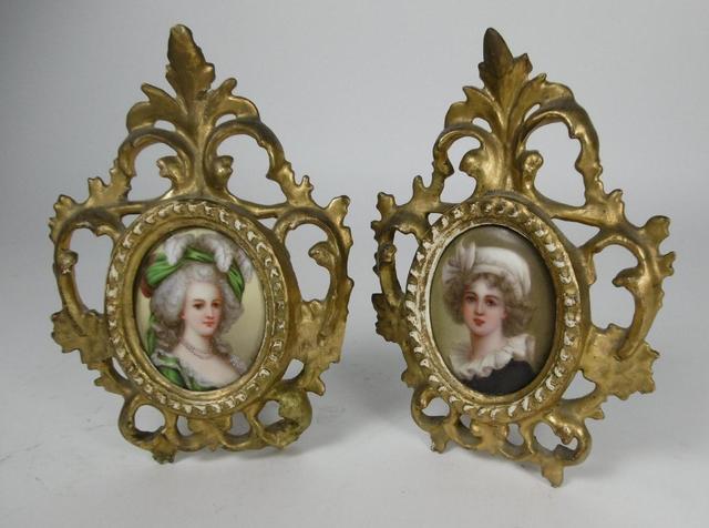 A vendre: miniatures de Marie Antoinette et de ses proches - Page 14 18555610