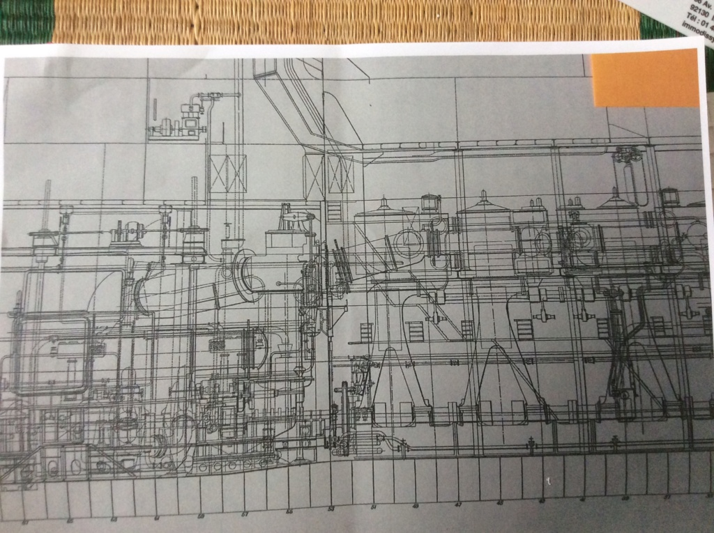 Projet salle des machines du Titanic au 1/200 FINI  Img_1511