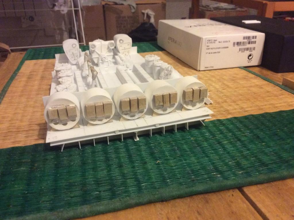 Projet salle des machines du Titanic au 1/200 FINI  - Page 2 Img_1530