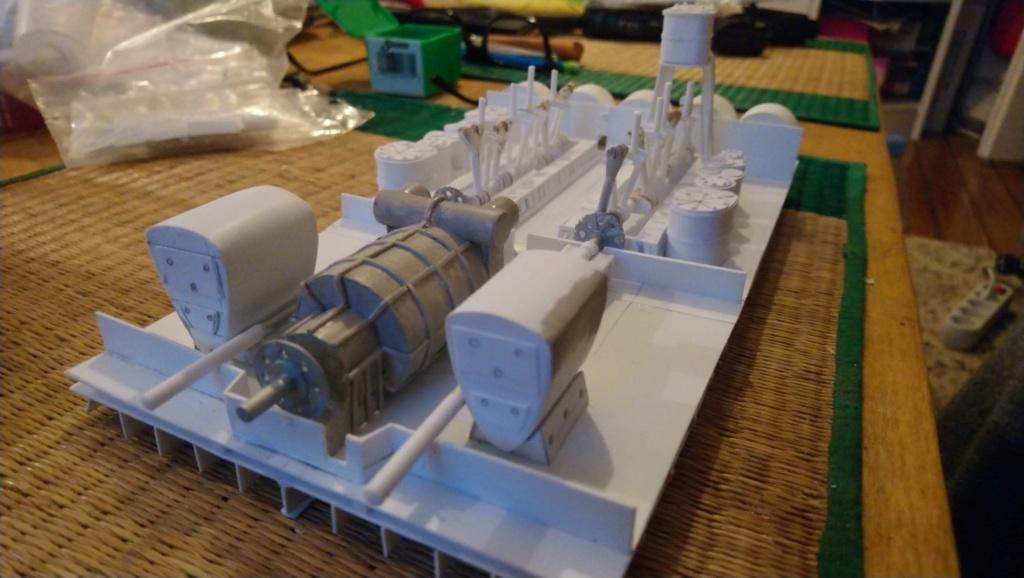 Projet salle des machines du Titanic au 1/200 FINI  - Page 2 Img_1531