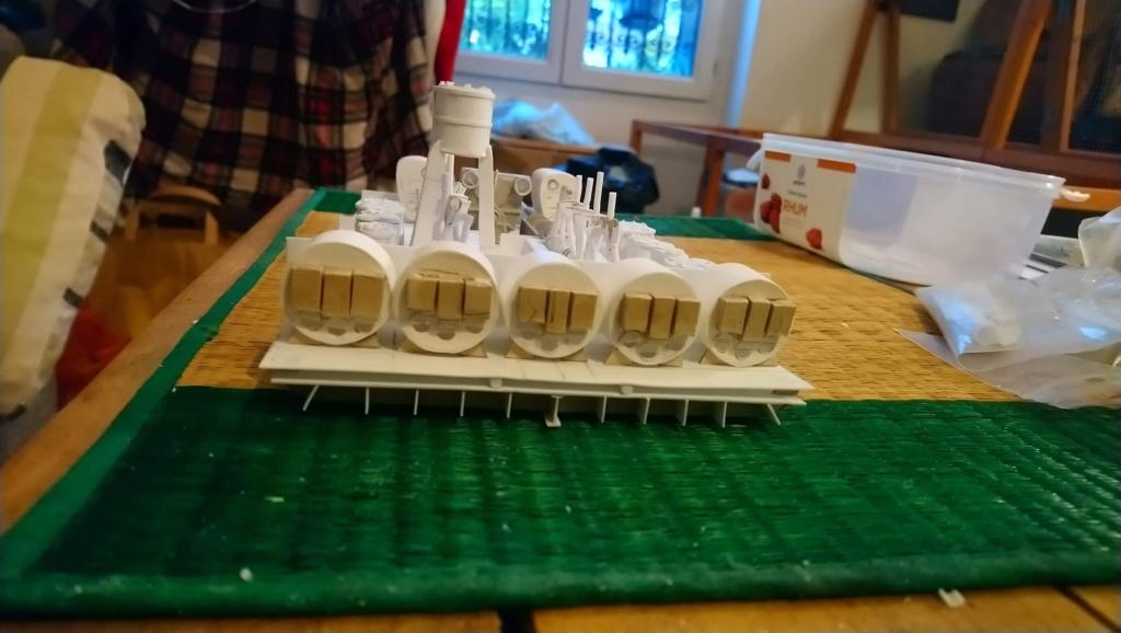 Projet salle des machines du Titanic au 1/200 FINI  - Page 2 Img_1532