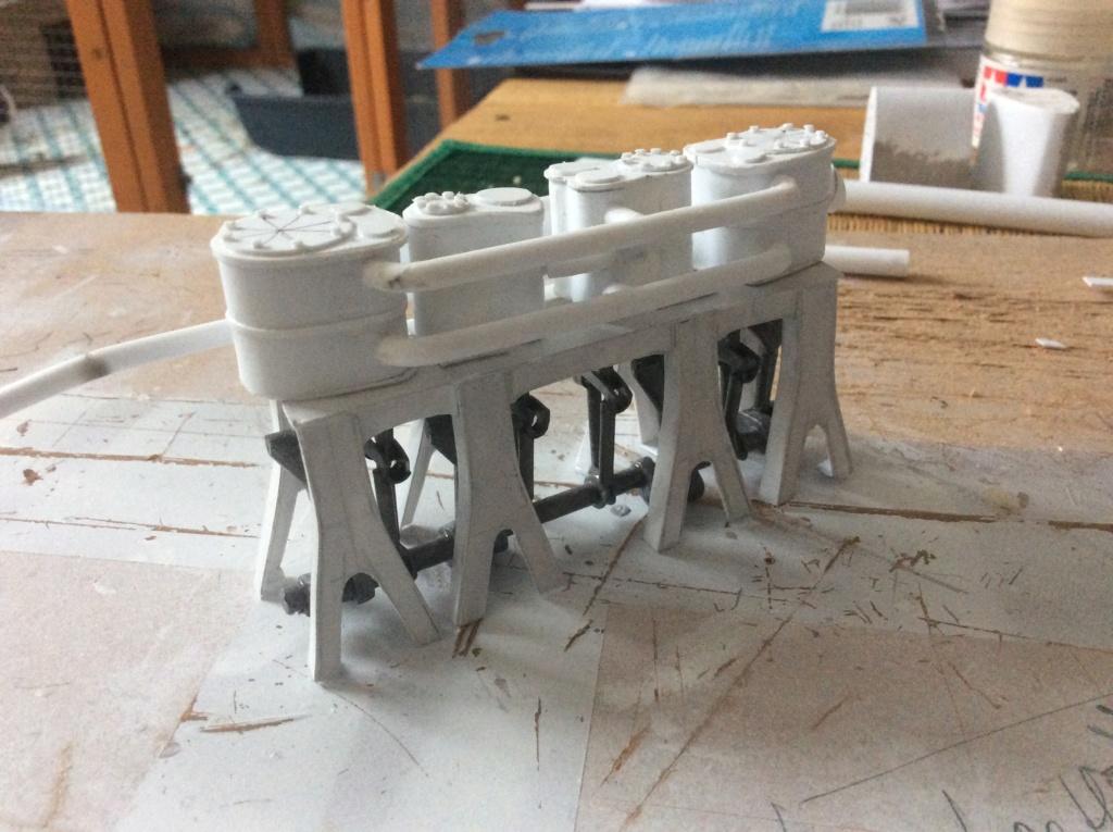 Projet salle des machines du Titanic au 1/200 FINI  - Page 2 Img_1538