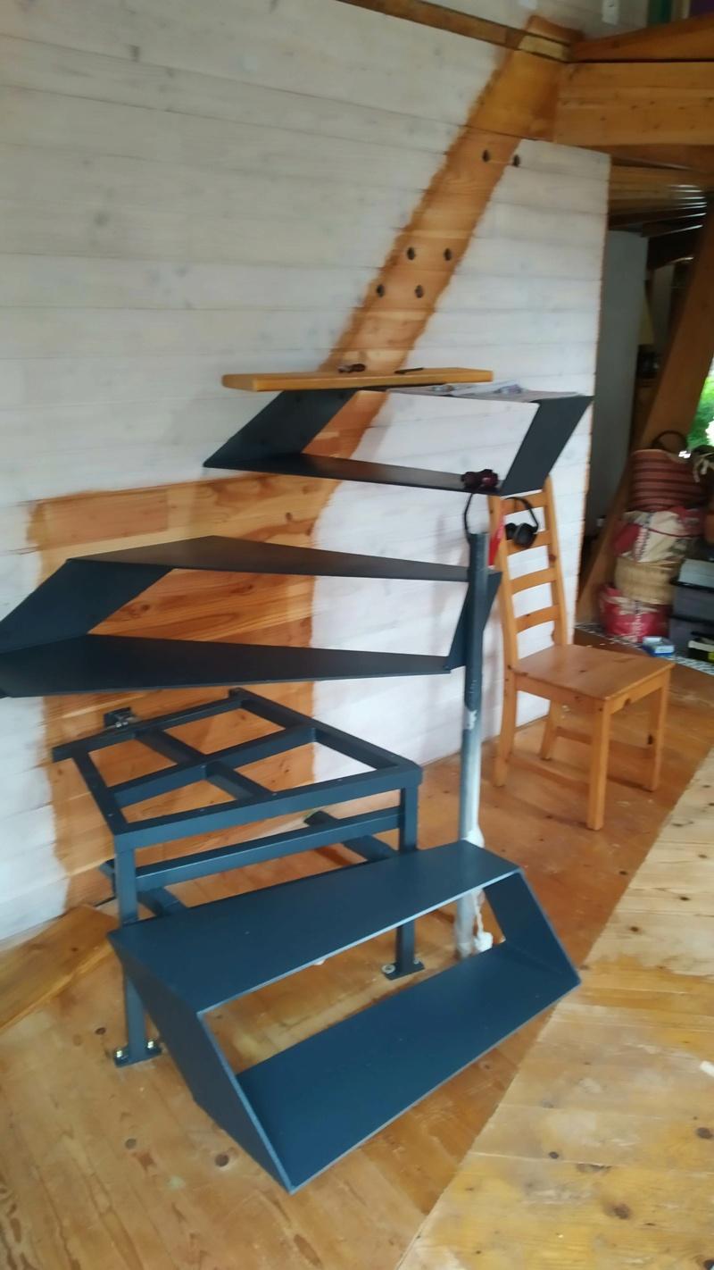 Métal et bois : escalier et meuble ! Img_2016