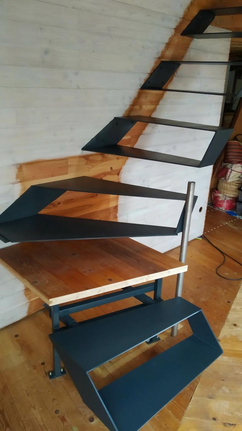 Métal et bois : escalier et meuble ! Img_2020