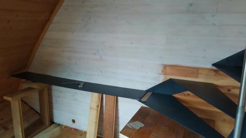Métal et bois : escalier et meuble ! Img_2021