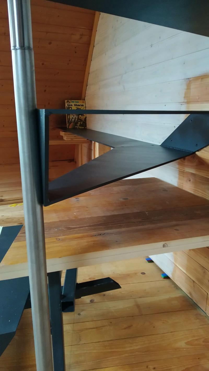 Métal et bois : escalier et meuble ! Img_2022
