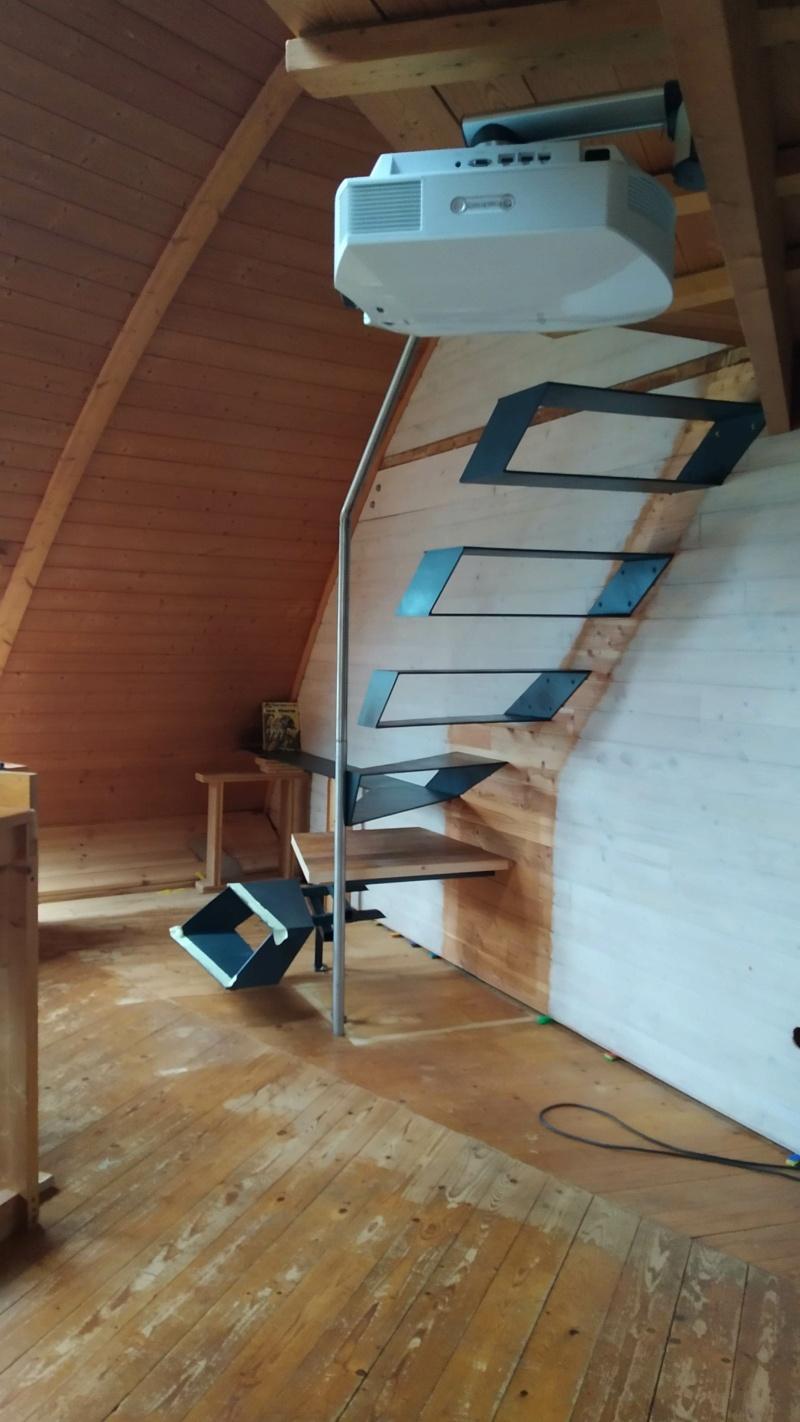 Métal et bois : escalier et meuble ! Img_2024