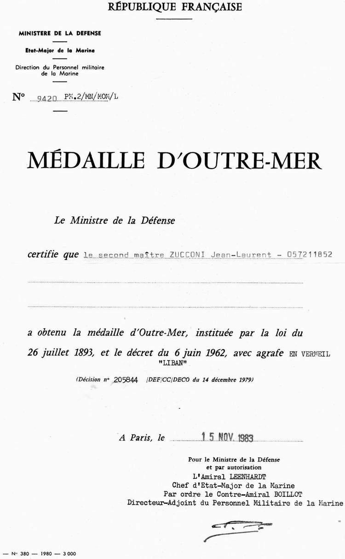 [LES TRADITIONS DANS LA MARINE] LE PORT DES DÉCORATIONS - Page 16 0311