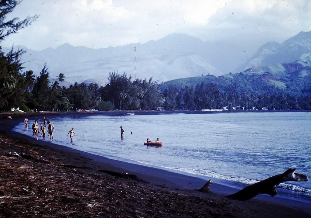 [CAMPAGNES C.E.P.] TAHITI - TOME 2 - Page 22 Pict0202