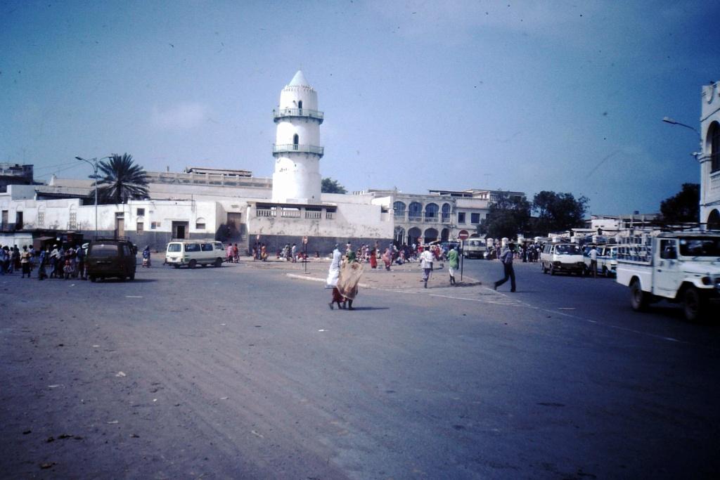 [Campagne] DJIBOUTI - TOME 1 - Page 13 Pict0281