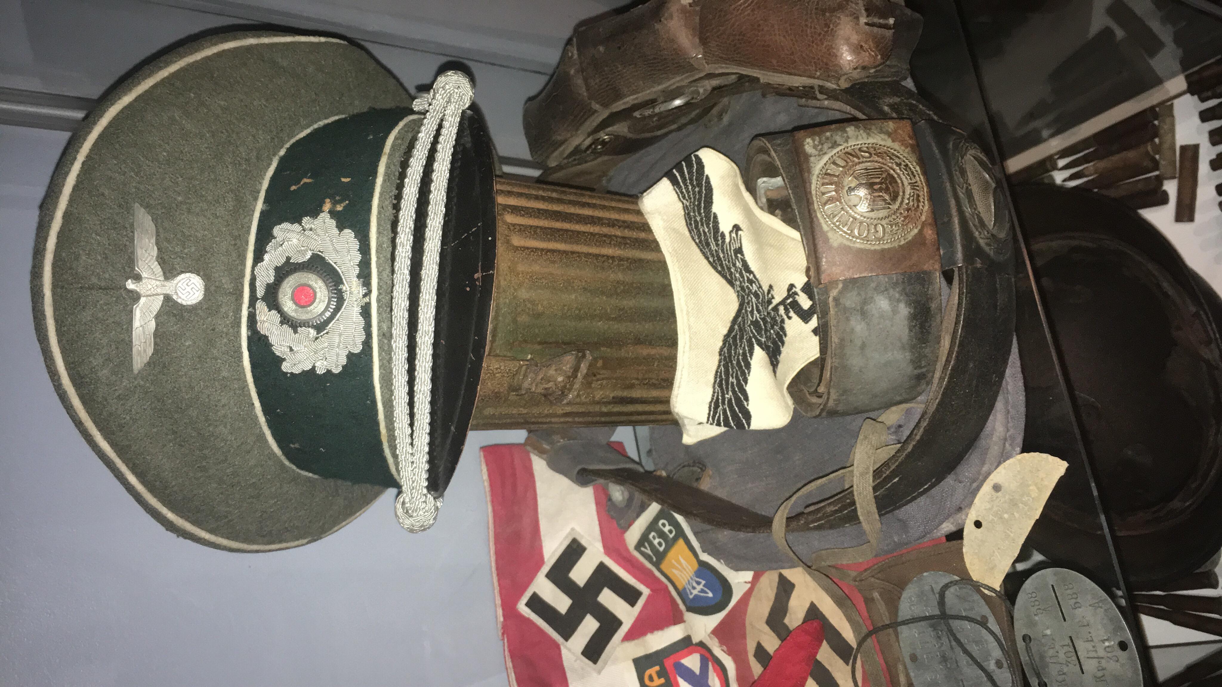 Pour les amateurs de casques et schirmmütze  2688a710