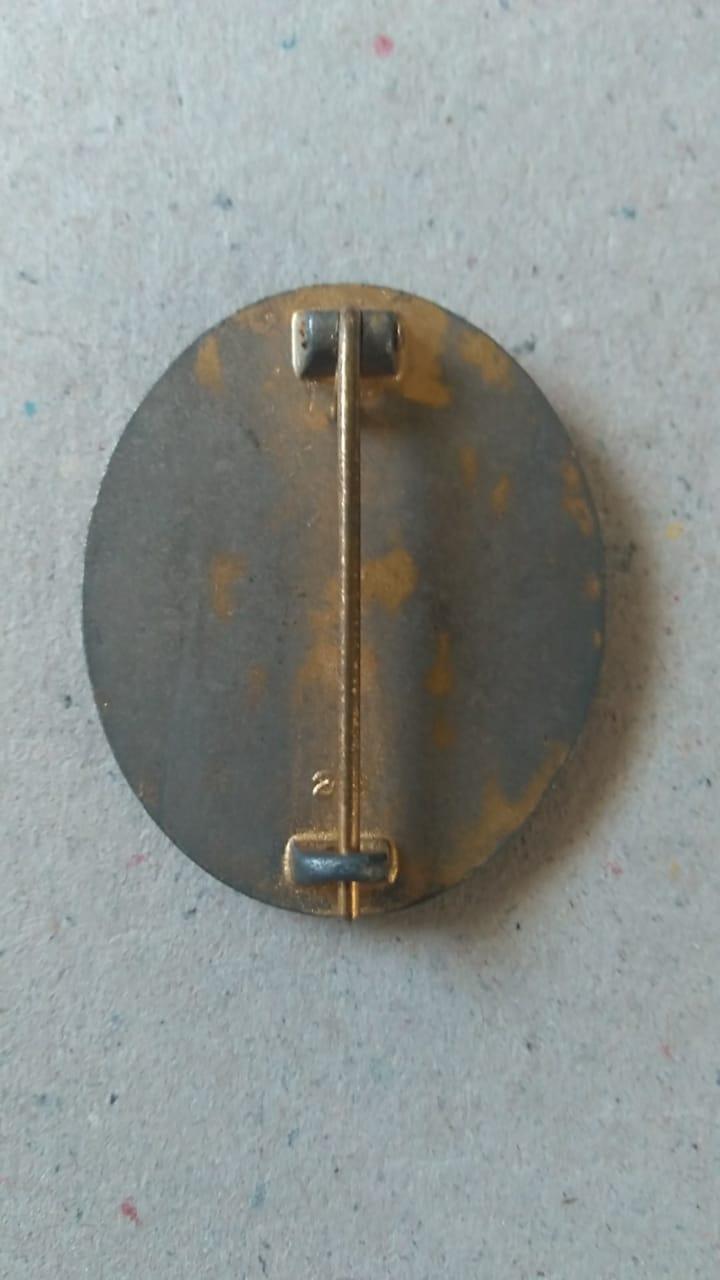 Insigne des blessés allemand 39-45 Badge611