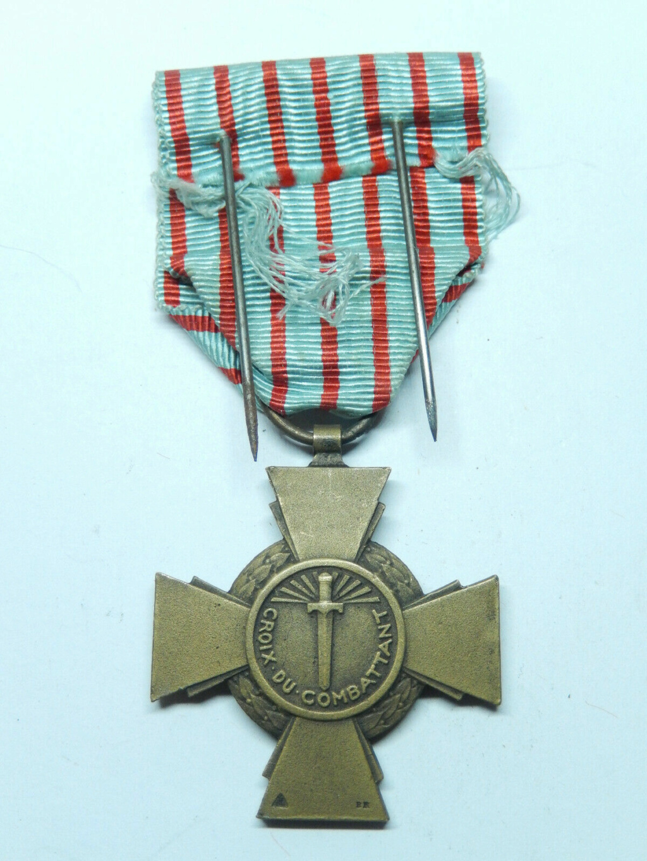 Croix du combattant Croix_11