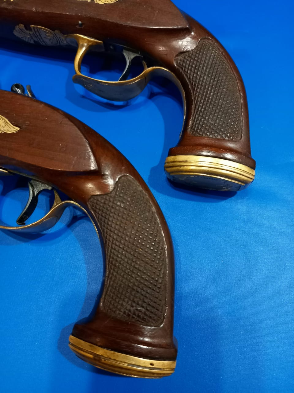 Pistolets belges?  Foto710